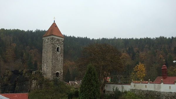 Hradní věž  |  ---