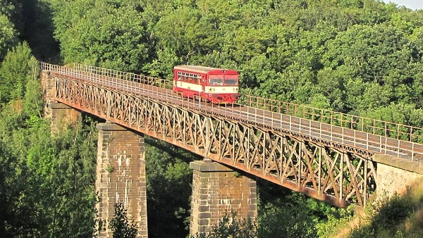 Eisenbahn Most-Dubí-Moldava