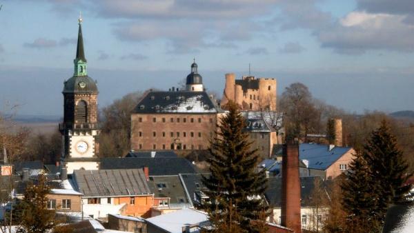 Zřícenina a zámek Frauenstein
