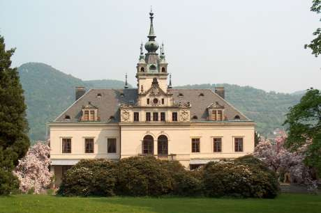 Schloss Velké Březno Grosspriesen