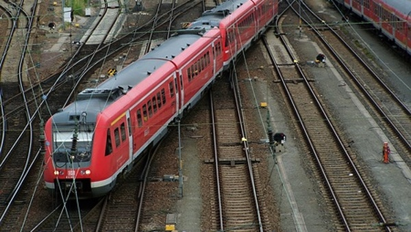 Adventní vlak do Drážďan (Vánoční kometa)
