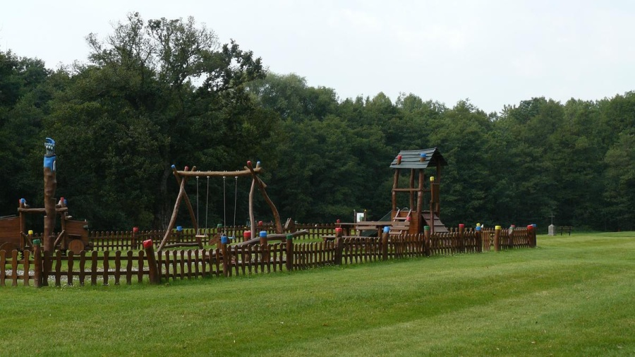 Dětské hřiště | Krušnohorci