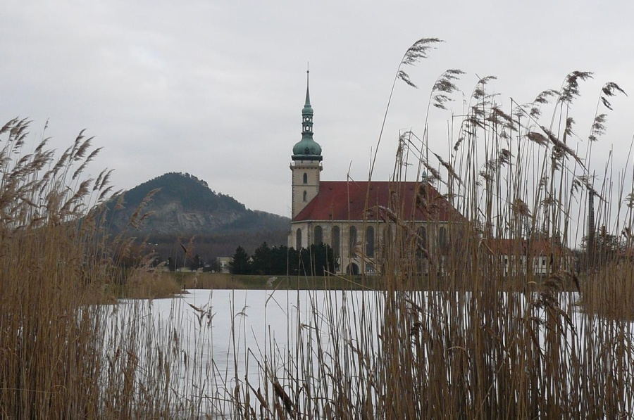 kostel Nanebevzetí panny Marie, Most