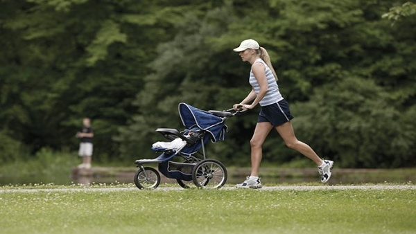 Strollering - cvičení maminek s kočárky