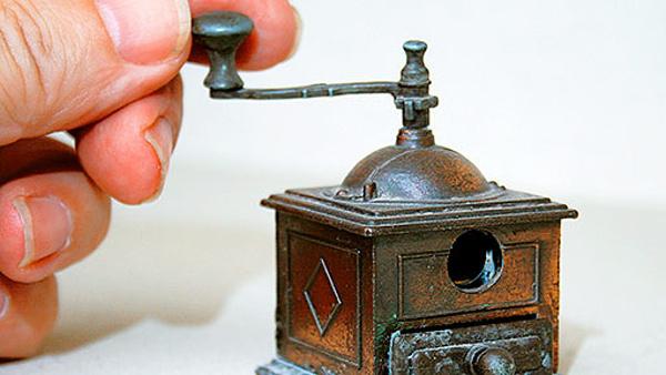 Muzeum mlýnků na kávu, nejmenší exponát.  |  Ladislav Pruner
