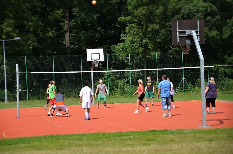 Volejbalové hřiště, sportovní areál Bažantnice   Krušnohorci
