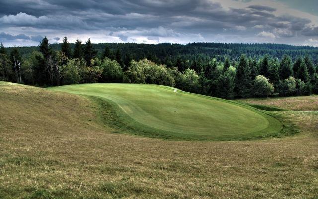 Golf klub Teplice - Cínovec | krusnohorskydvur.cz