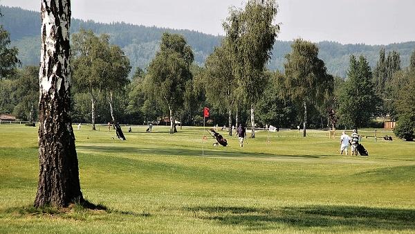 Golf & racing club Karlovy Vary  |  racingclub.cz