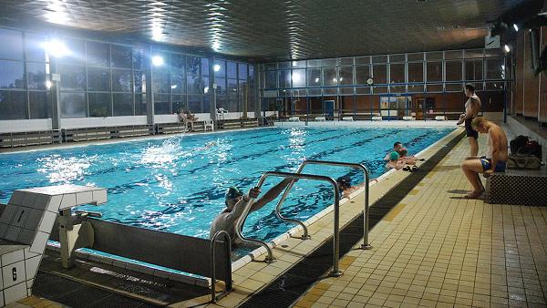 Plavecký bazén v Aši