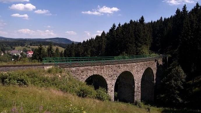 Viadukt v Perninku  |  TIC Pernink