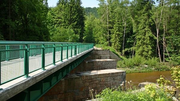 Most na cyklostezce