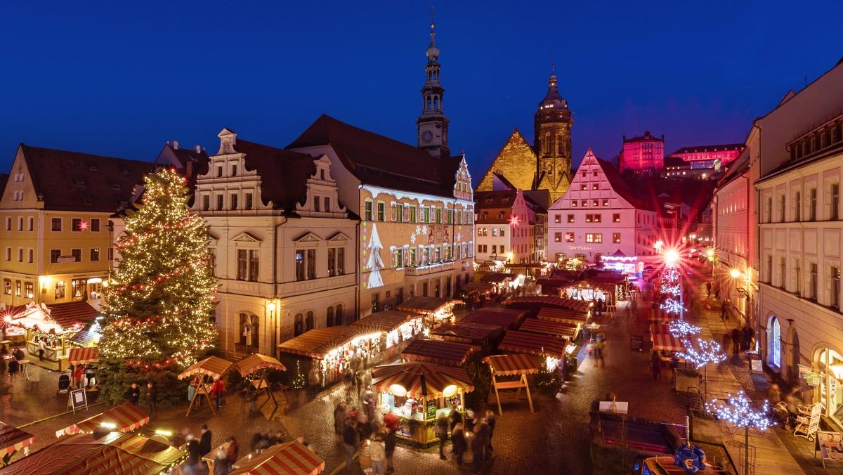 Vánoční trhy v Pirně  |  Krušnohorci