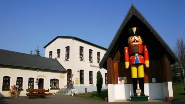 Nussknackermuseum Neuhausen