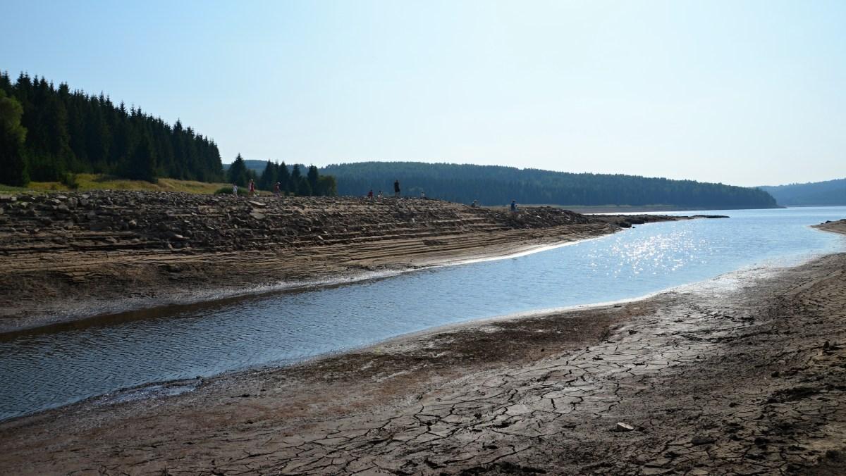 Vody chybí opravdu hodně. Přehradní nádrž Fláje. | Krušnohorci