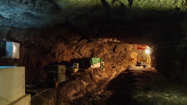 Seismologická stanice pod hradem Vildštejn