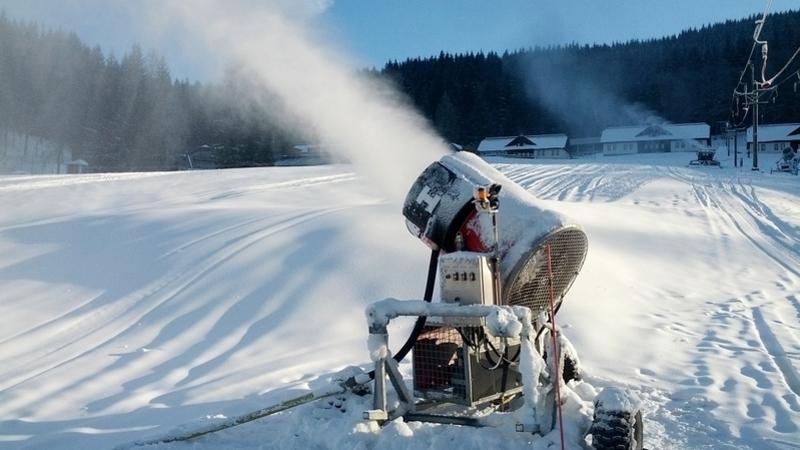 Běžkaři kupují sněžná děla a budou zasněžovat lyžařskou magistrálu