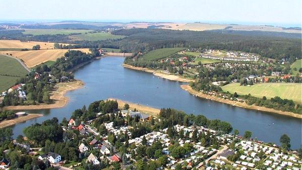 Vodní hrátky kolem přehrady Malter