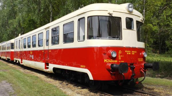 uristy do Kyselky bude o prázdninových sobotách vozit singrovka  |  vlaky.net