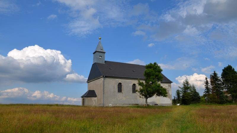 Kostel Nejsvětější trojice v Malém Háji