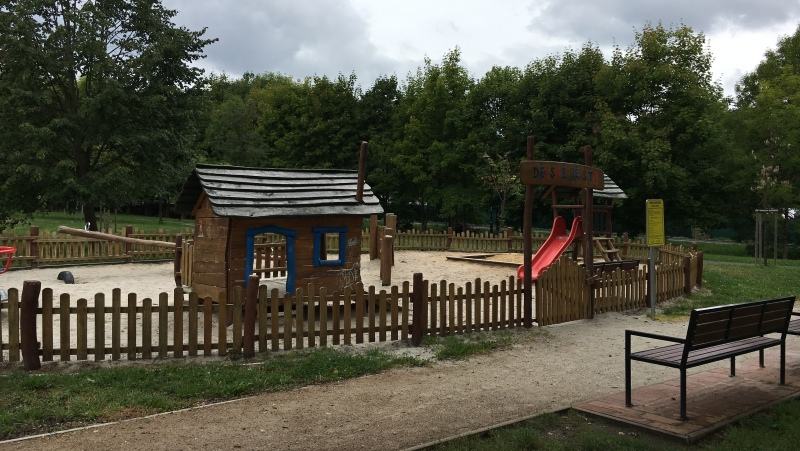 Olejomlýnský park - dětské hřiště | Krušnohorci