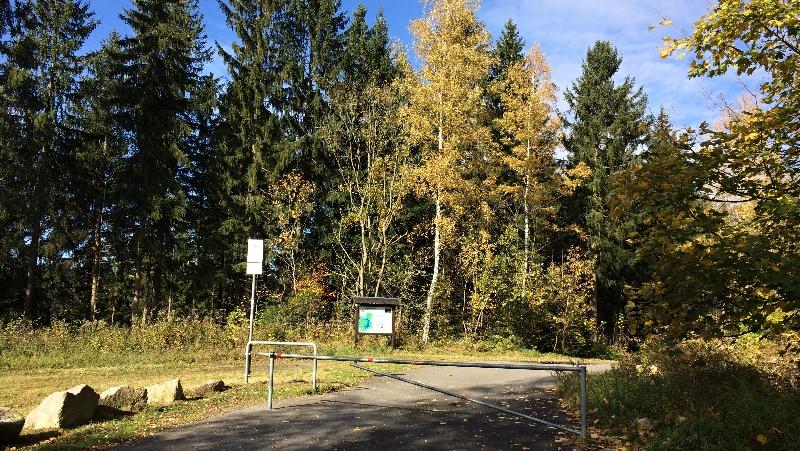 Výchozí parkoviště u silnice č. 283