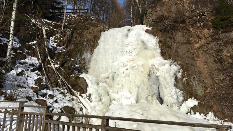 Vodopád Tiefenbach v zimě | Krušnohorci
