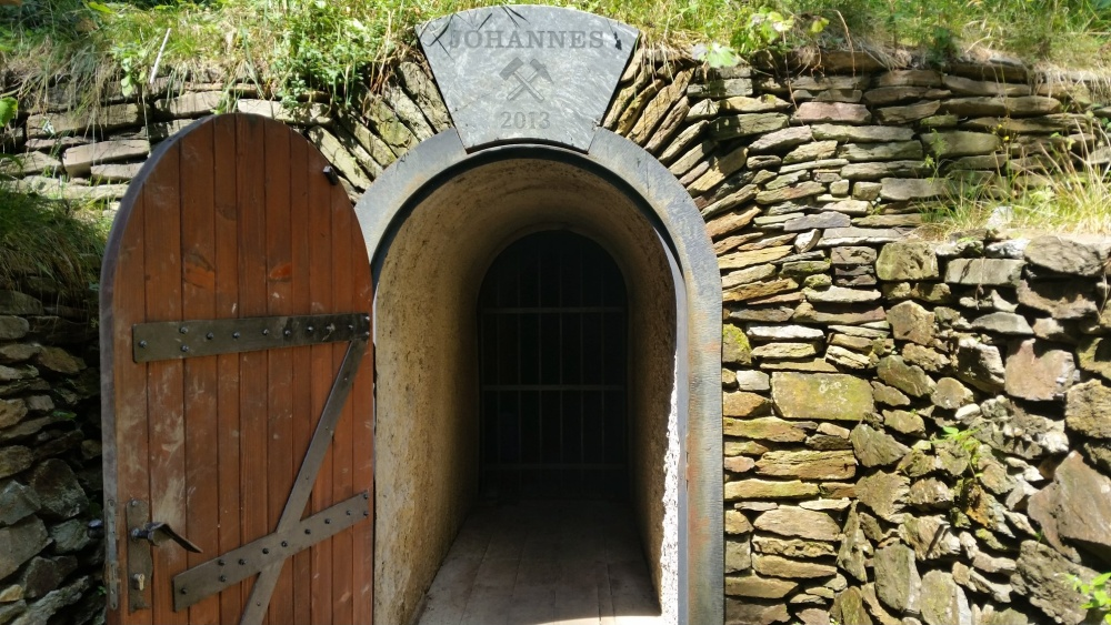 Vstupní portál štola Johannes | Krušnohorci