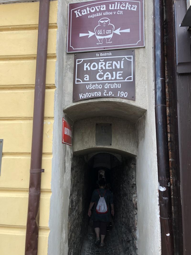 Nejužší ulička v Česku | Krušnohorci
