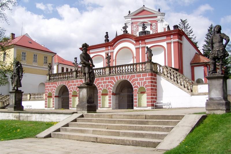 Zámek v Klášterci nad Ohří - sala terena | město Klášterec n.O.