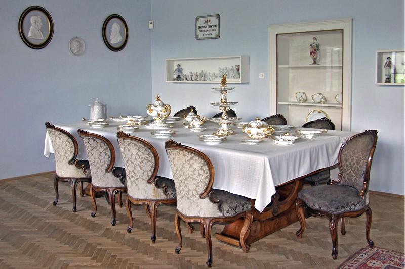 Zámek v Klášterci nad Ohří - muzeum porcelánu | město Klášterec n.O.