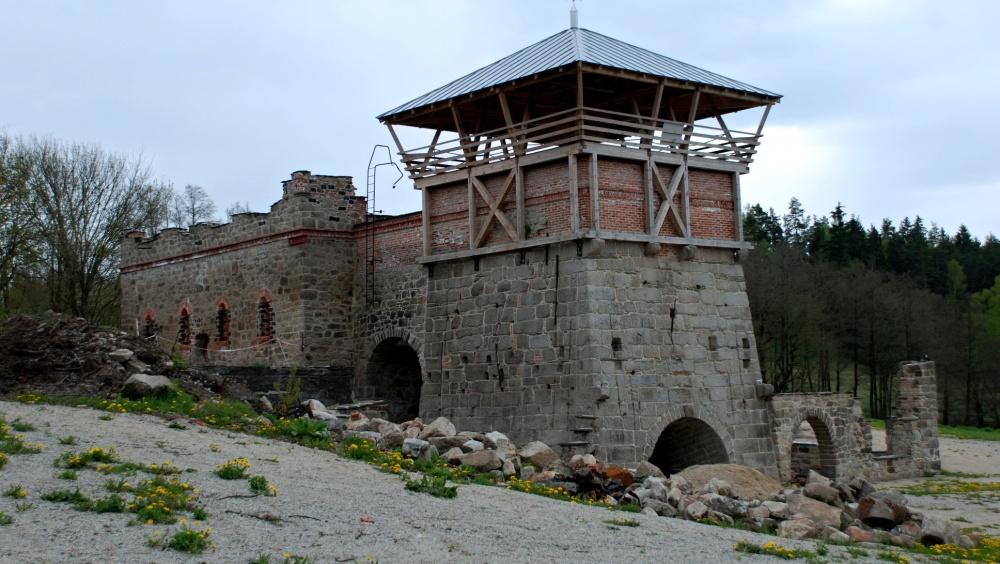 Bývalá vysoká pec v Šindelové prochází obnovou | Karolína Endrštová