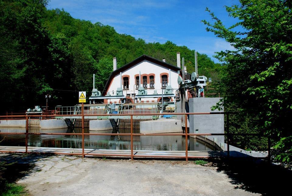 Malá vodní elektrárna Želina   —-