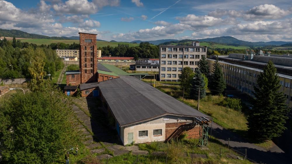 Rudá věž smrti  |  Petr Lněnička, pro Karlovarský kraj