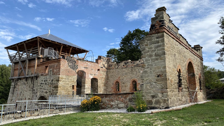 Bývalá vysoká pec v Šindelové prochází obnovou | Krušnohorci