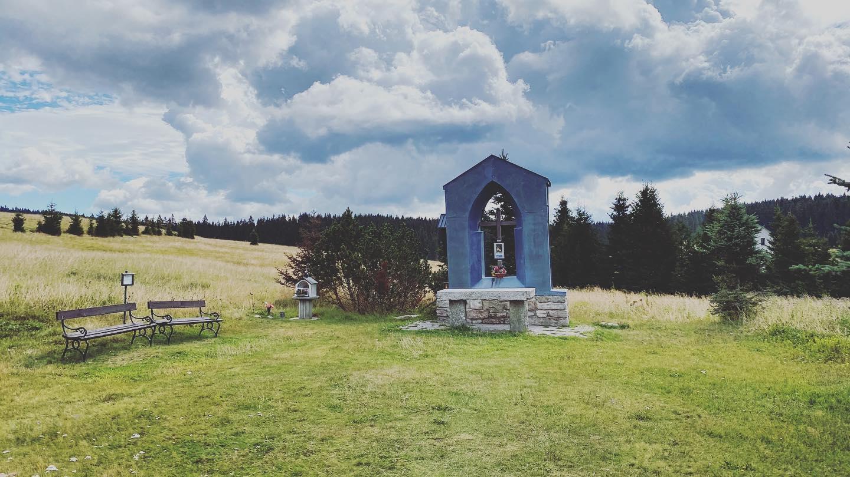 Památník kostela svatého Antonína Paduánského v Jelení