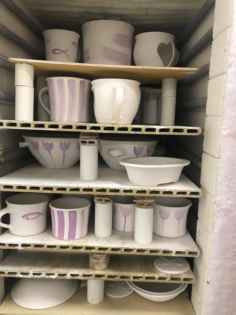 V peci | Janina keramika